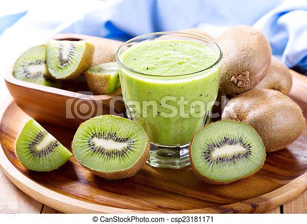 kiwi smoothie - csp23181171