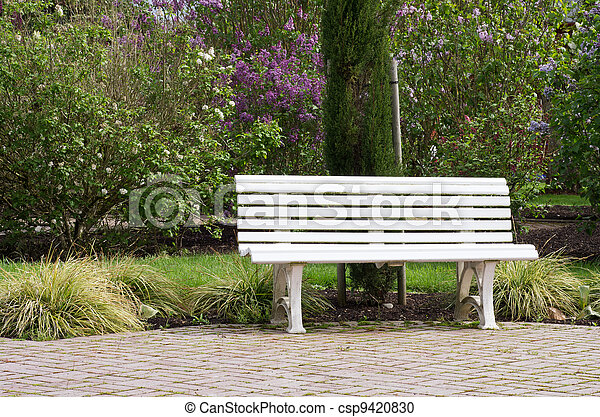 kleingarten spaziergang wei es bank rotes gepflastert kleingarten sitzen bank fu weg. Black Bedroom Furniture Sets. Home Design Ideas