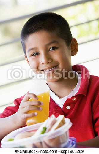 kleuterschool, jongen, eetlunch - csp1903269