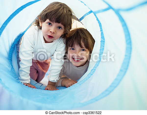 kleuterschool, kleine meisjes, twee, spelend - csp3361522