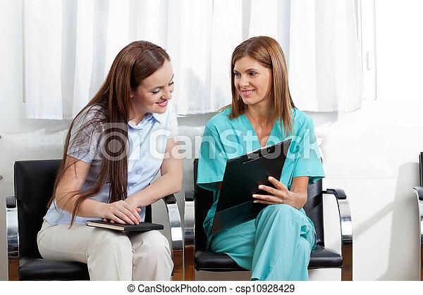 klinik, skrivplatta, tålmodig, läkare - csp10928429