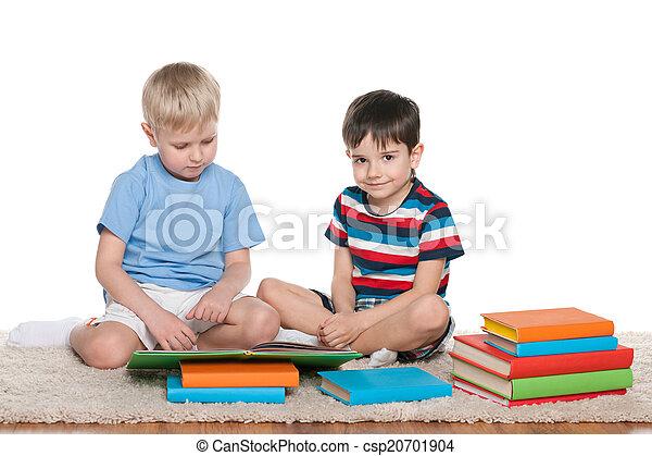 Zwei Geile Jungs Auf Dem Hotelzimmer