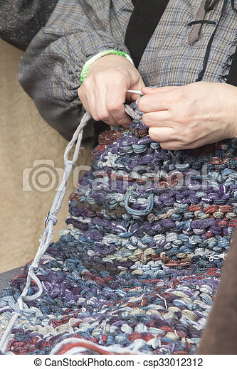 knitting workwoman - csp33012312