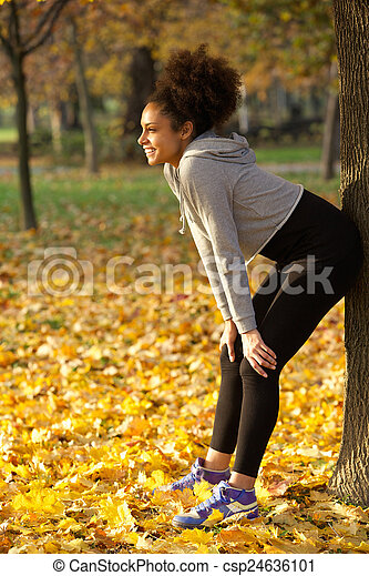 kobieta, park, młody, lekkoatletyka, outdoors, uśmiechnięty szczęśliwy - csp24636101