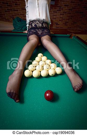 kobieta, stół, bilard, posiedzenie - csp19094036