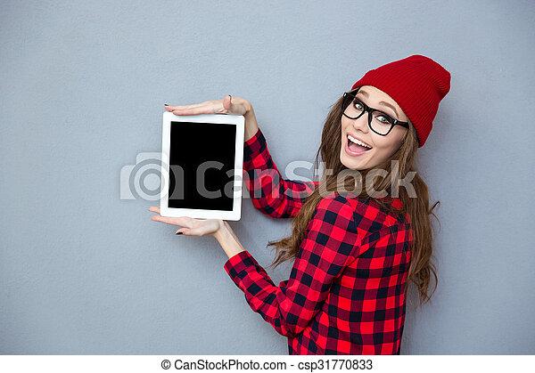 kobieta, tabliczka, pokaz, komputer, okienko osłaniają - csp31770833