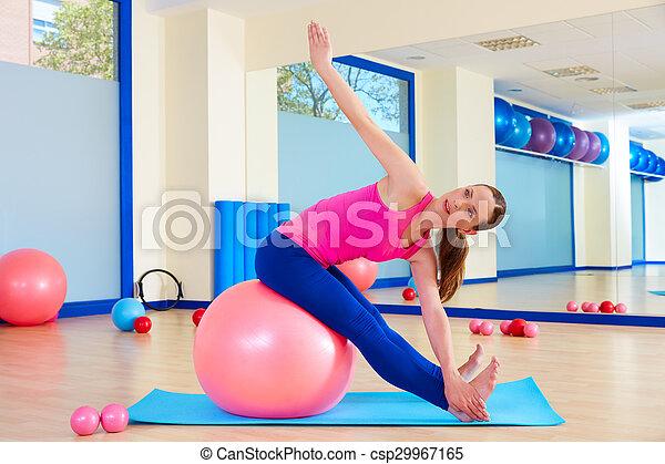 kobieta, trening, piłka, fitball, pilates, szwajcarski, ruch - csp29967165