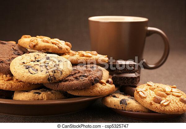 koekjes-gevarieerd-koffie-plaatje_csp5325747.jpg