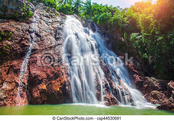 Na muang 1 cascada, koh samui, thailand - csp44530691