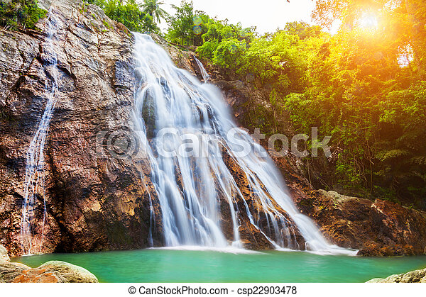 Na muang 1 cascada, koh samui, thailand - csp22903478