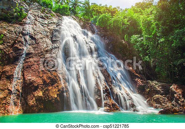 Na muang 1 cascada, koh samui, thailand - csp51221785