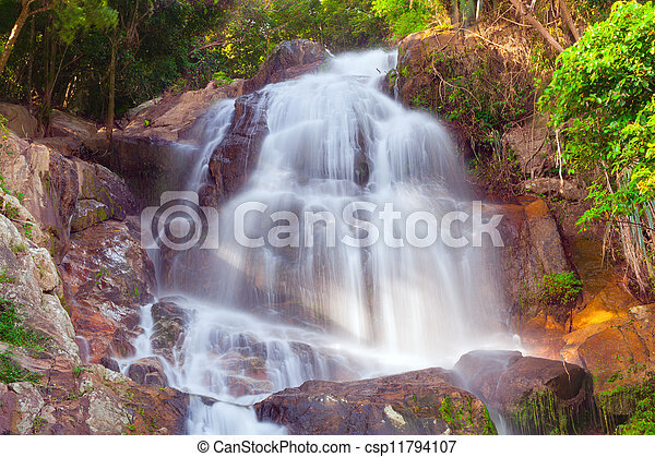 Na muang 2 cascada, koh samui, thailand - csp11794107