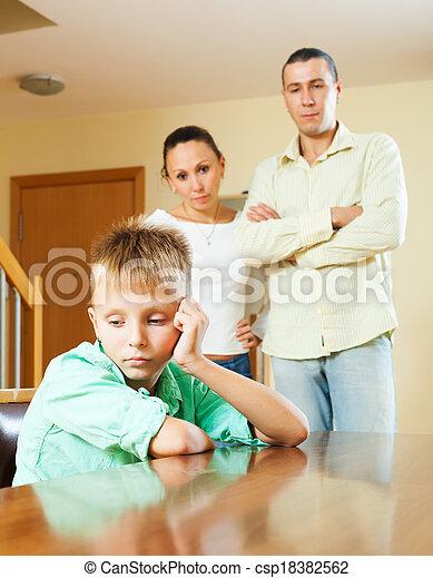 konfliktus, birtoklás, három, család, tizenéves - csp18382562
