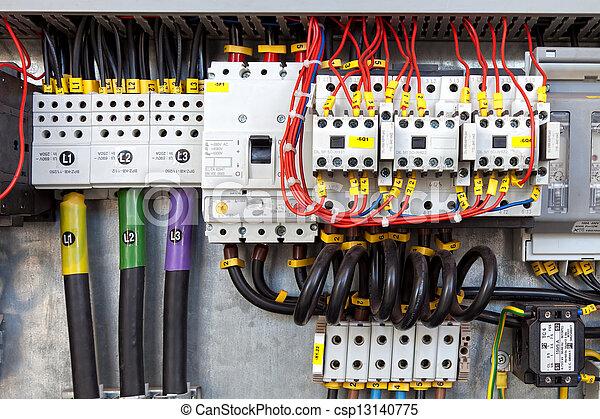 ansluta huvud elektriska panelen