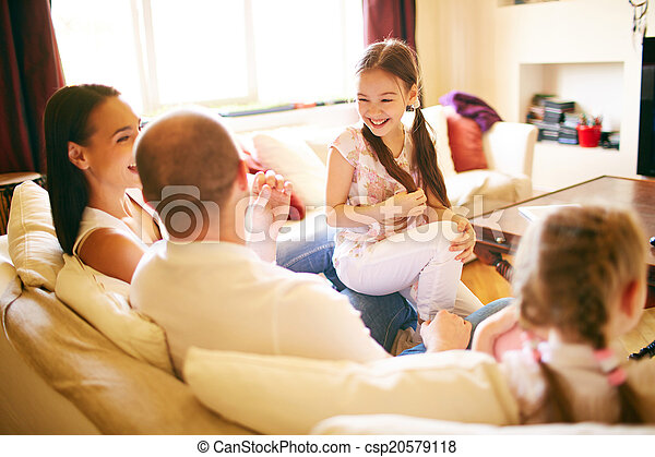 konversation, familj - csp20579118