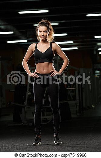 konzentriert, stehende , turnhalle, sport, posierend, dame - csp47519966