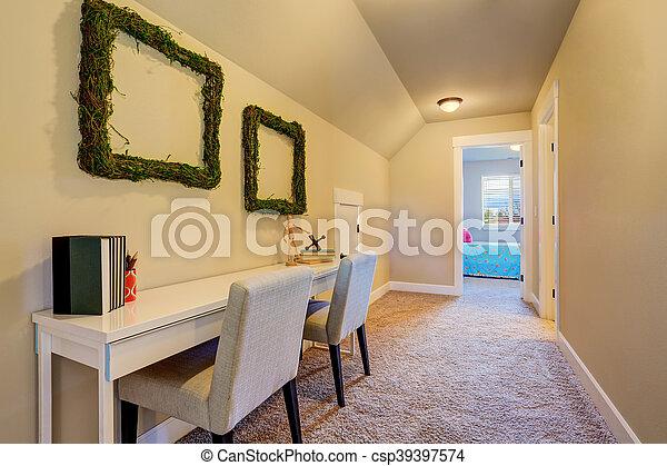 Fantastyczny Korytarz, floor., ściany, beżowy, wewnętrzny, dywan. Korytarz GW86