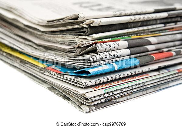 krant, stapel - csp9976769