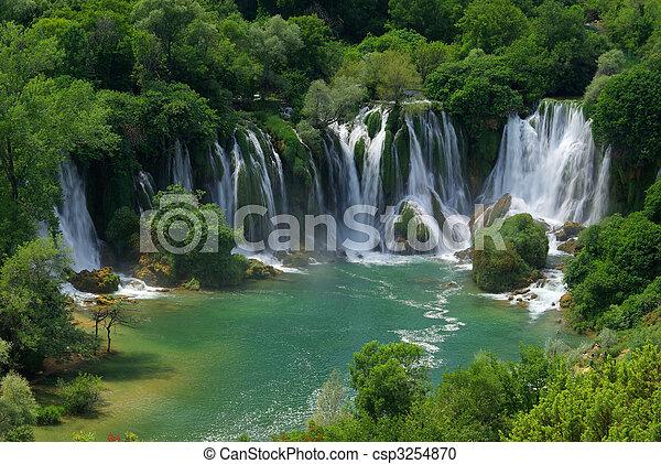 Kravica waterfall 05 - csp3254870