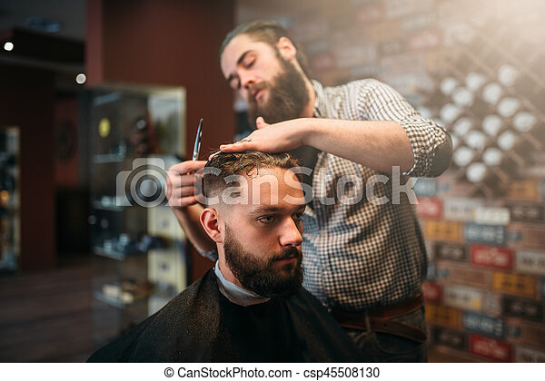 Kunde Coiffeur Haar Ausschnitt Schere Mann