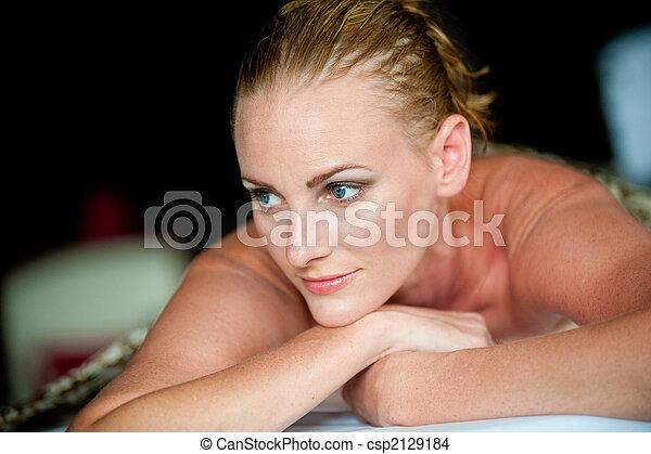 kurort, kvinna - csp2129184