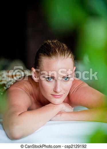 kurort, kvinna - csp2129192