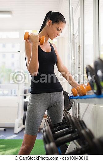 kvinna, klubba, tagande, ung, vikter, latina, fitness, kugge - csp10043010