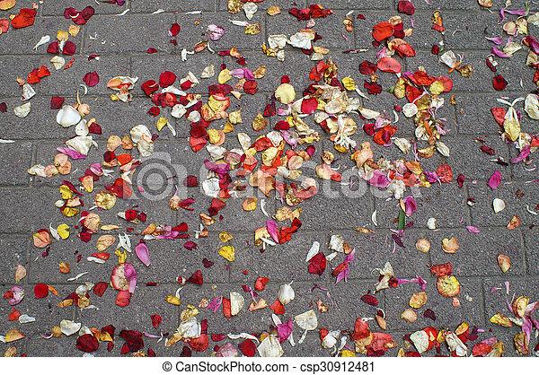 kwiaty, ślub - csp30912481