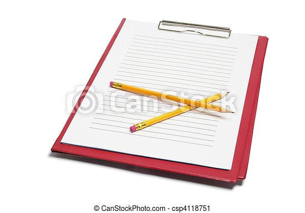 Clipboard y lápices - csp4118751