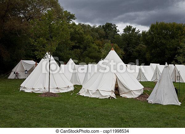 läger, krig, tält - csp11998534