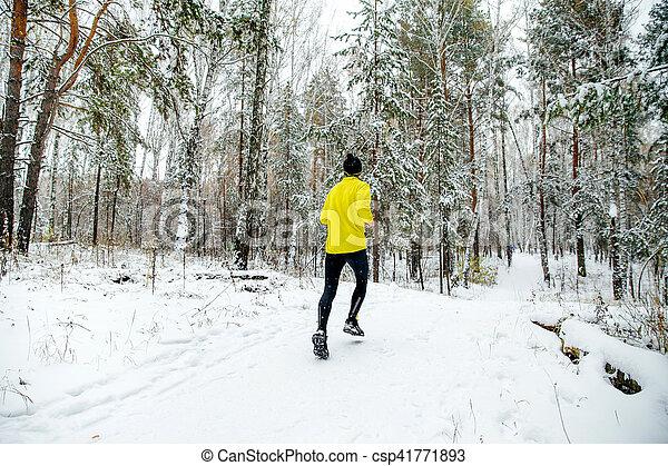 Junger Läufer - csp41771893
