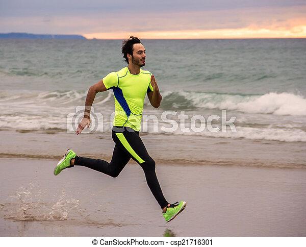 läufer, mann - csp21716301