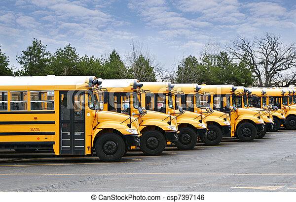 Línea de autobuses escolares - csp7397146