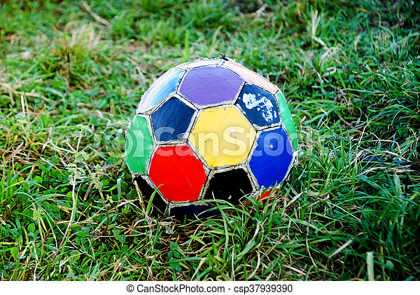 labda, öreg, színes, egyenetlen, futball - csp37939390