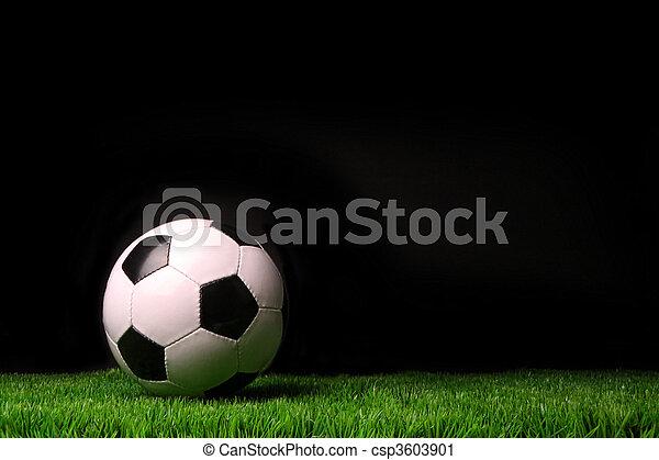 labda, futball, fű, fekete, ellen - csp3603901