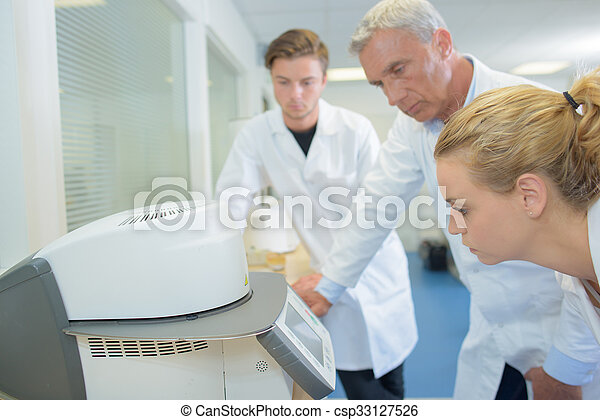 laboratorium - csp33127526