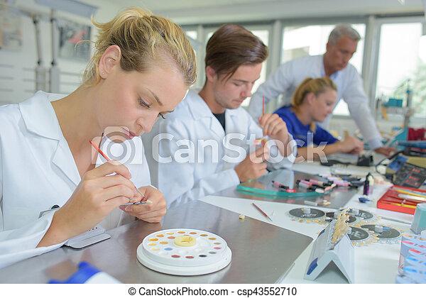 laboratory - csp43552710