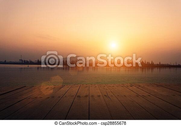 lac, vue - csp28855678