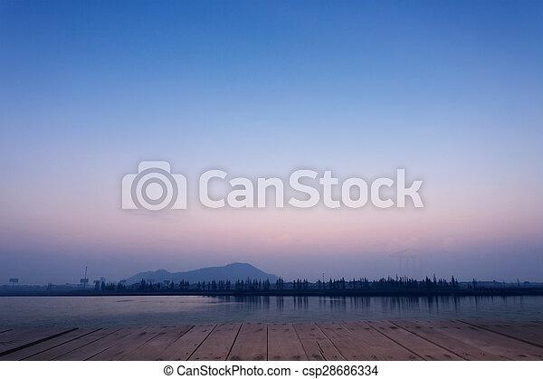 lac, vue - csp28686334