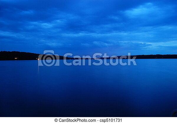 lago blu - csp5101731