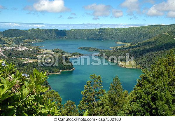 Lagoa das Sete Cidades, Azores, portugal  - csp7502180