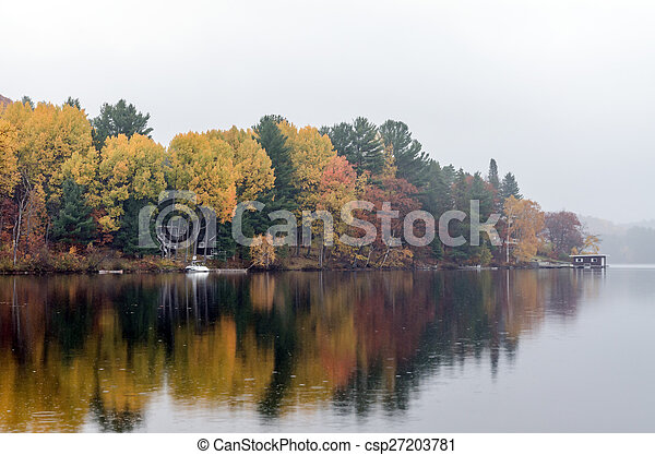 Lake in Algonquin Park - csp27203781