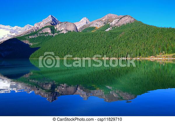 Lake Louise Banff National Park - csp11829710