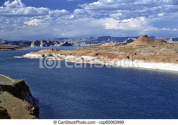 Lake Powel, Arizona - csp60063999