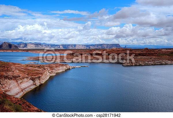Lake Powell Arizona - csp28171942
