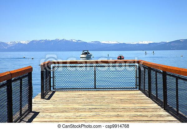 Lake Tahoe, California. - csp9914768