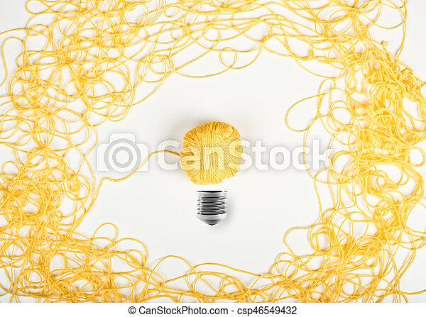Concepto de idea e innovación con bola de lana - csp46549432