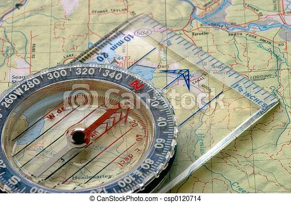 Kompass und Karte - csp0120714