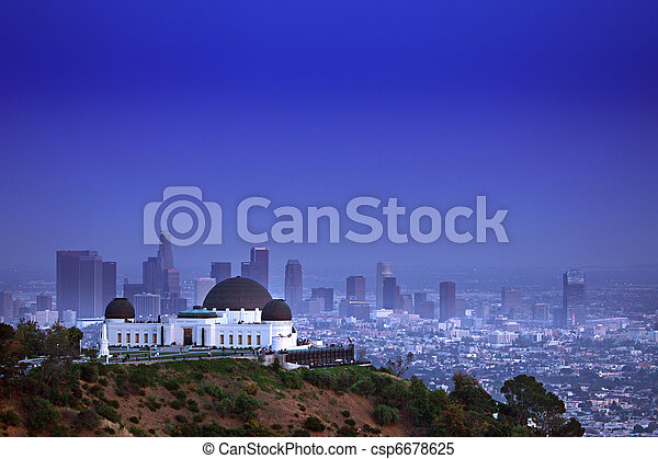 Landmark Griffith Observatory in Los Angeles, California - csp6678625