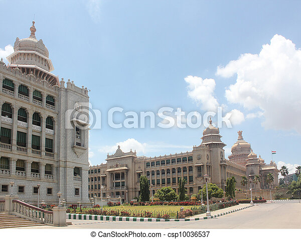 Landmark monuments & iconic structures of garden city of bangalo - csp10036537